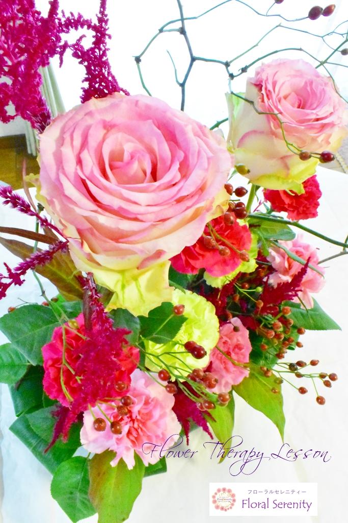 ピンクとグリーンのバラ