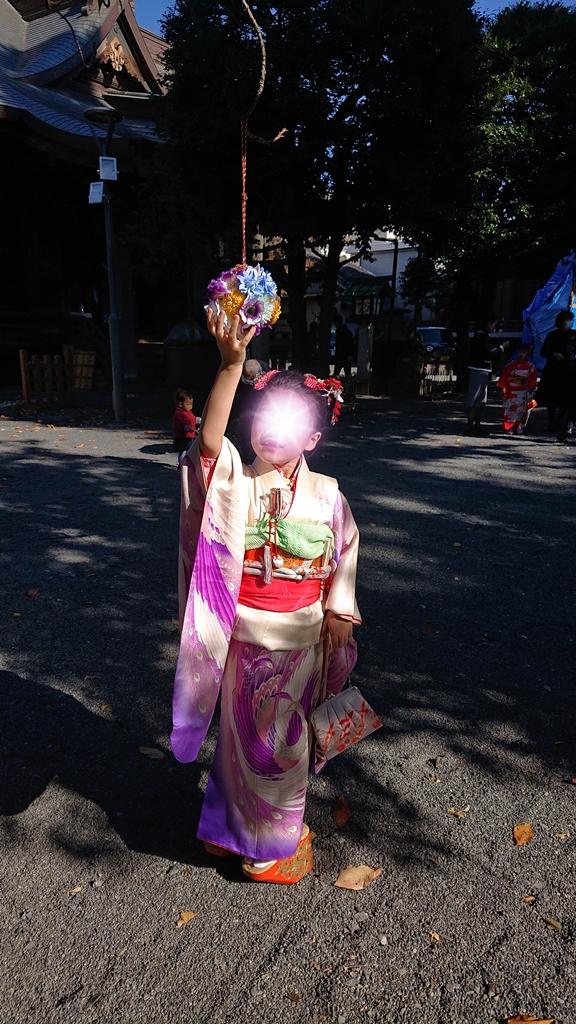 7歳七五三白と紫の着物